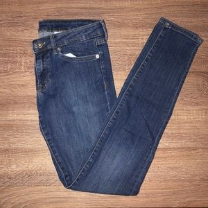 H&M SUPER SKINNY LOW WAIST JEANS